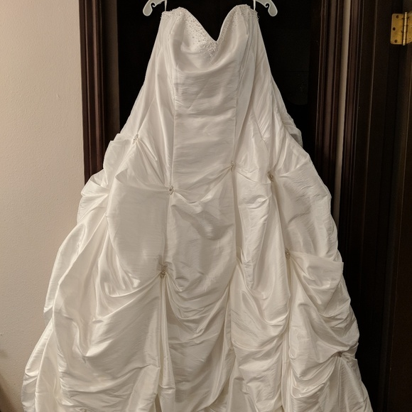 David\'s Bridal Dresses | Plus Size Wedding Gown | Poshmark